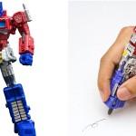 フル稼働フィギュアだと思ったらペンになる「コンボイペン」が見事に変形していて感心!