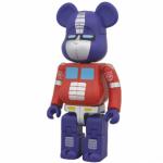 変形したロボット形態がお見事!ベアブリックがトランスフォーマーとコラボで新境地へ!